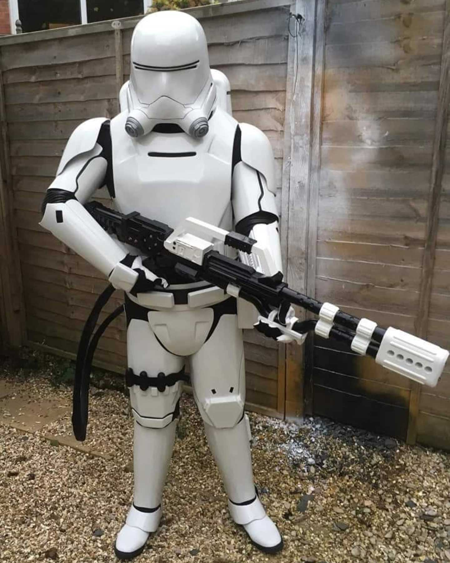 Stormtrooper Accessories Review from Darrell