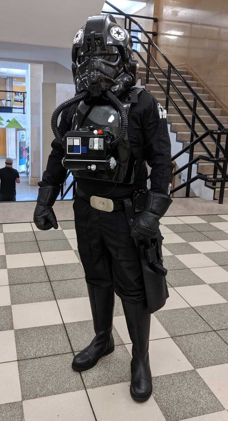 Star Wars TIE pilot costume from Jedi-Robe